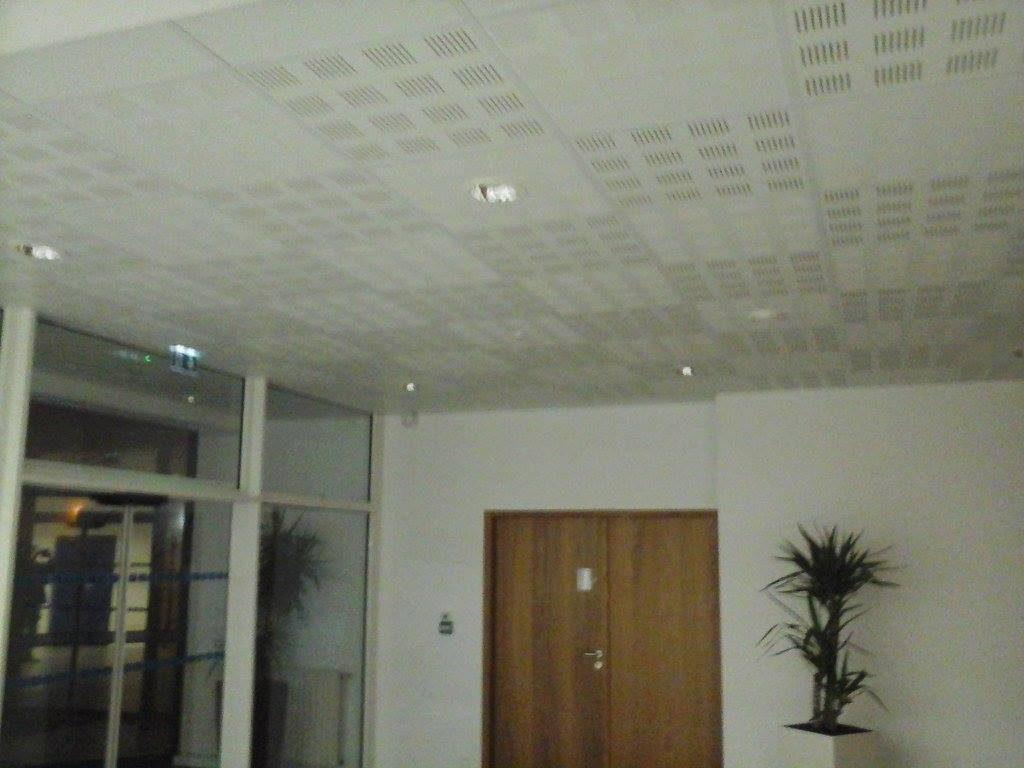 Pose de cloisons et faux plafond par Denis Bordas, entreprise Divatte Cloisons